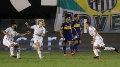 Santos golea a Boca y la final será brasileña