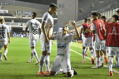Santos golea a Boca Juniors y es finalista de la Libertadores