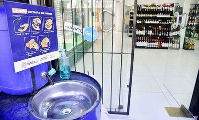 Exigen al gobierno controlar en serio o derogar restricción de venta de bebidas alcohólicas