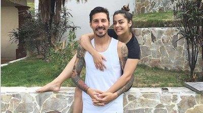 Crónica / ¡Larissa Riquelme ya busca el bebé con Jonathan Fabbro!