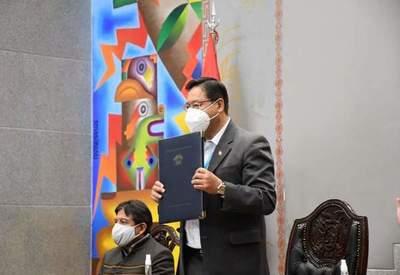 Vacunas Covid-19: Bolivia comprará 5 millones de dosis más