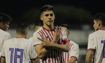 Olimpia pretende a Saúl Salcedo