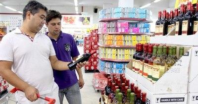 La Nación / Gremios exigen cumplimiento de decreto para venta de bebidas a todos por igual