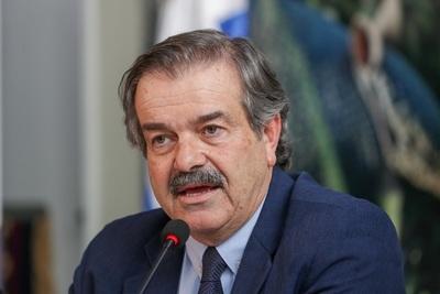 Uruguay refuerza controles de covid-19 en frigoríficos para cumplir con China