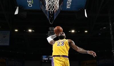Los Lakers hacen historia con otra gran exhibición de básquet
