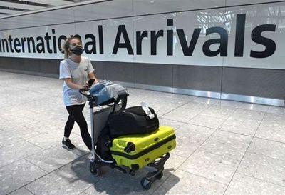 Reino Unido prohíbe llegadas desde Sudamérica y Portugal por temor a nueva cepa de Covid-19