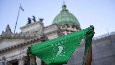 El Ejecutivo promulga la ley del aborto en Argentina