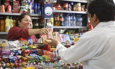 Restricción sobre bebidas golpea a negocios formales y favoreceventas clandestinas, acusan