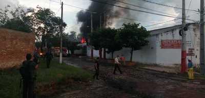 Incendio de gran magnitud en Lambaré