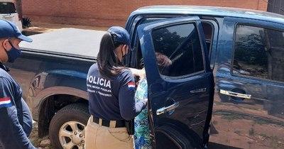 La Nación / Detienen a mujer que vendía terrenos con títulos falsos