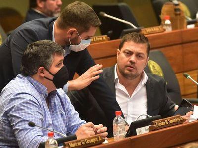 Soroka es repudiado por machismo y  baja  producción legislativa