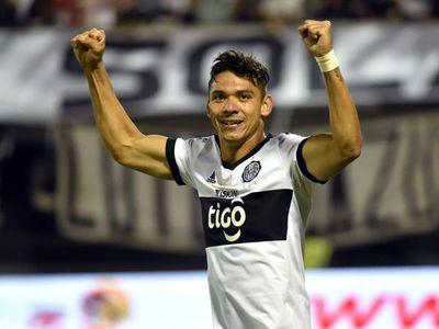 Walter González vuelve a Olimpia