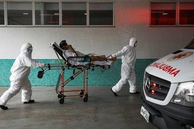 Covid en Brasil: colapsa el sistema sanitario del estado de Amazonas y médicos tienen que elegir a quién darle oxígeno