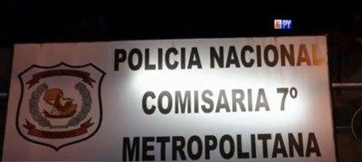 Detienen a policía por presunta extorsión y privación ilegítima de libertad