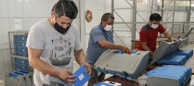 Elecciones municipales: TSJE verifica y testea 3.000 máquinas de votación