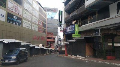 Ciudad del Este: Ante elevado costo de alquileres de locales comerciales, locatarios optan por cerrar sus negocios
