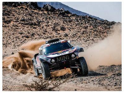 Peterhansel gana su 14º Dakar; Carlos Sainz la última etapa