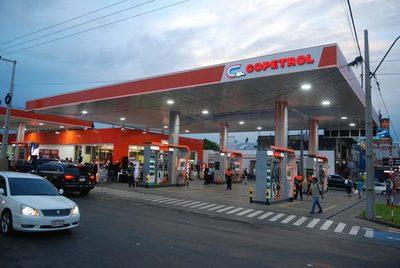 Copetrol anuncia baja de precios en combustibles seleccionados por todo el mes de enero.