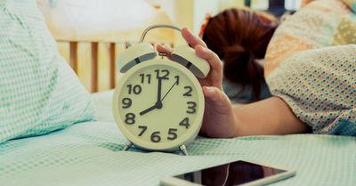 Cuatro hábitos que hará más fácil levantarte por las mañanas