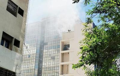 Controlan incendio en sede de la Vicepresidencia