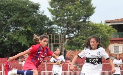 HOY / Así se jugará la temporada 2021 del fútbol femenino