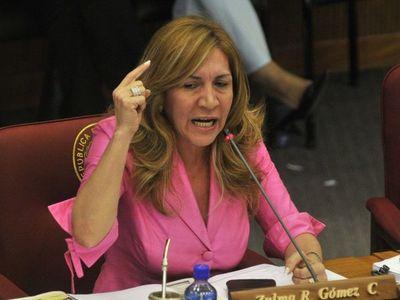 """Senadora: """"¿Cuál es el problema entre ser María'i o Naranja tapé?"""""""