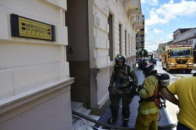 Controlan incendio en oficinas de la Vicepresidencia de la República