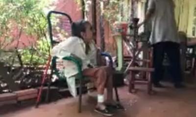 Presidente Franco: Abuelita esperó por horas atención médica