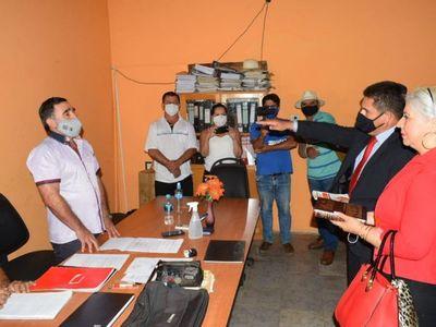 Junta Municipal elige a nuevo intendente de Independencia