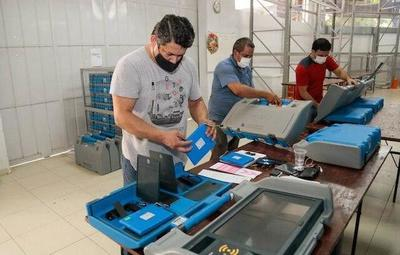 Verifican 3.000 máquinas de votación de cara a las Internas – Diario TNPRESS