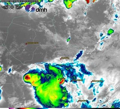 Amplían alerta de tormentas y alcanza a 11 departamentos