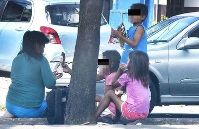 Niños son alquilados para mendigar y muchos obligados a vender droga