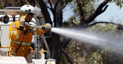 La Nación / Incendios forestales fuera de control amenazan ciudad australiana de Perth
