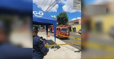 Trabajador recibe descarga mortal en Fernando de la Mora