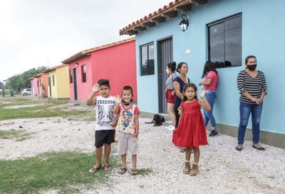 Gobierno proyecta construir 9.000 viviendas sociales en el 2021