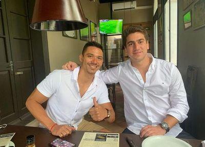 Walter González ya firmó