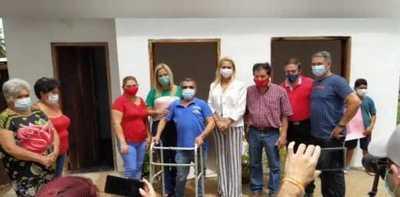 Villarrica: Entregan vivienda a una humilde familia