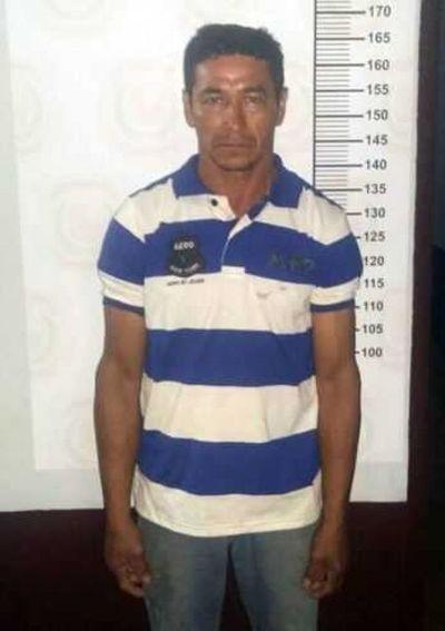 Condenan a un hombre a 30 años de cárcel por asesinar a su esposa