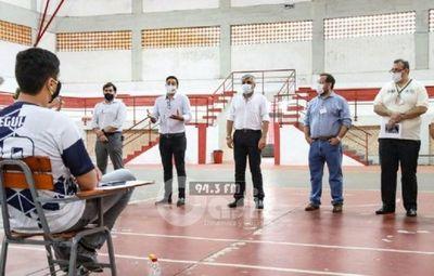 Más de 4.000 jóvenes rinden para acceder a becas de Itaipú