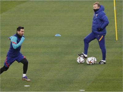 """Koeman: """"Tenemos esperanzas de que Messi juegue la final"""""""