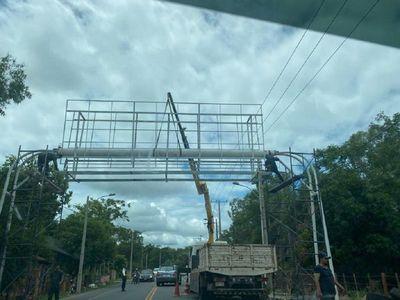Cartel sobre ruta Luque-San Ber causa polémica