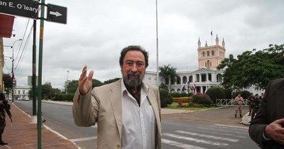 La Nación / Domingo Laíno internado tras dar positivo al COVID-19