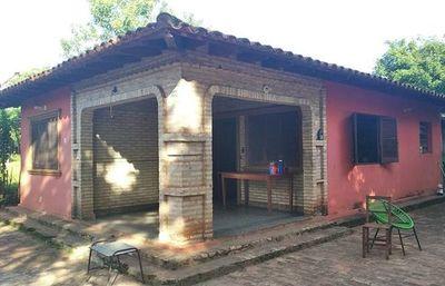 Mujer ahorca a su hija y luego  se mata de la misma forma    en Yaguarón