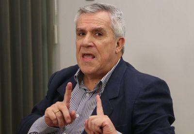 """Galeano Perrone: """"Burócratas del Estado piensan de manera cuadriculada"""""""