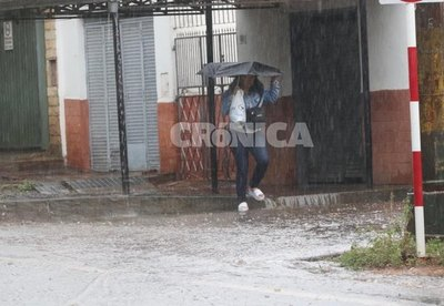 Crónica / Domingo lluvioso pero cálido