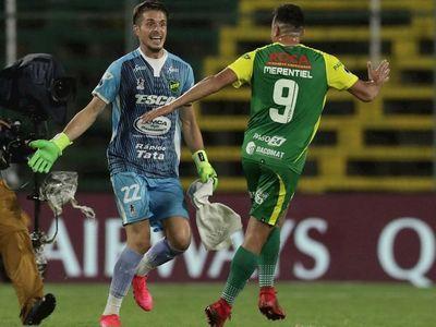 Defensa derrota a Coquimbo y definirá el título ante Lanús
