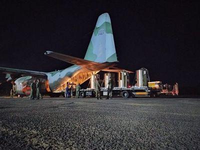 Bolsonaro envía tanques de oxígeno a Manaos tras críticas