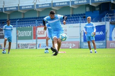 Con Ortigoza como capitán, Estudiantes de Río de Cuarto no logra el ascenso