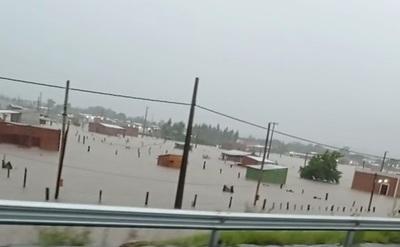 Asentamiento creado por políticos bajo agua