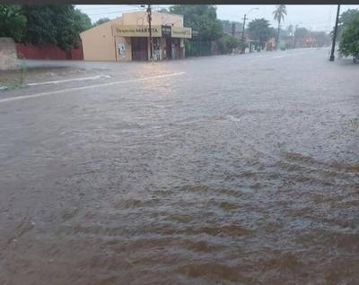 HOY / Concepción bajo agua tras último temporal: cientos de familias dejan sus hogares